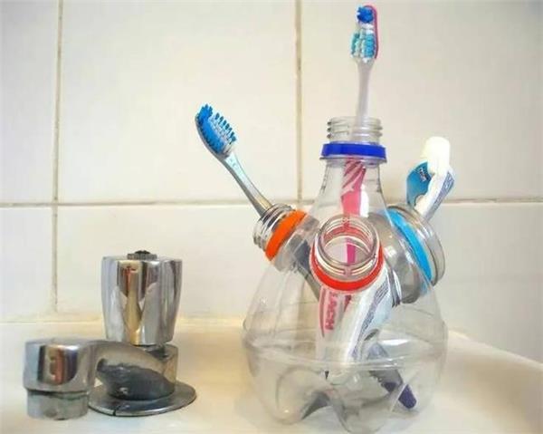 cách tái chế chai nhựa đơn giản