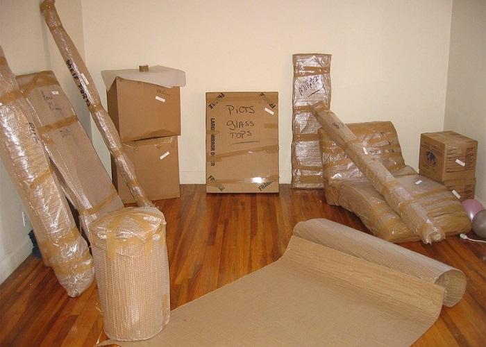 đóng gói và vận chuyển đồ đạc