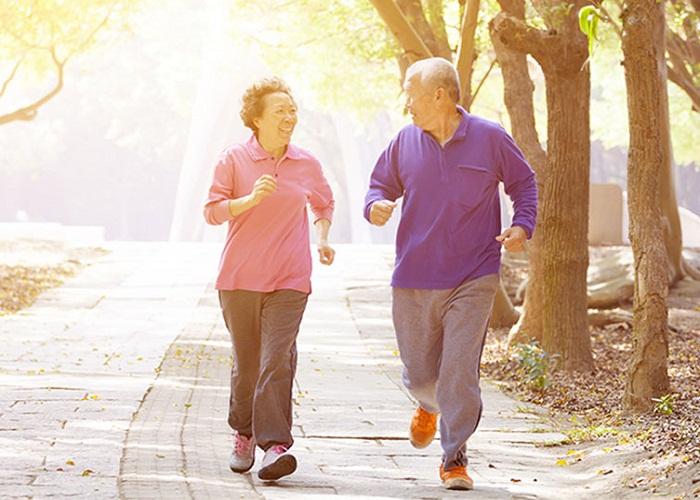Chuyển nhà đến gần công viên giúp người già có thêm không gian thư giãn