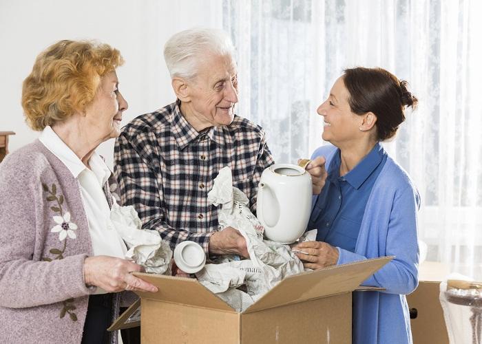 Thanh lý đồ người lớn tuổi khi chuyển nhà